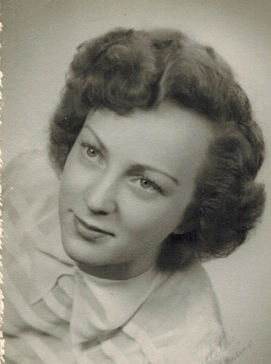 My mother, mom and opera singer